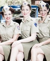 Andrews Sisters Tribute Act